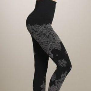 m. rena tummy tuck leggings black floral lace